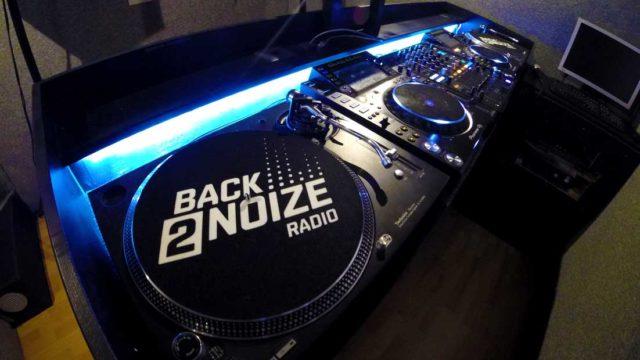 Back2Noize Radio Studio vue